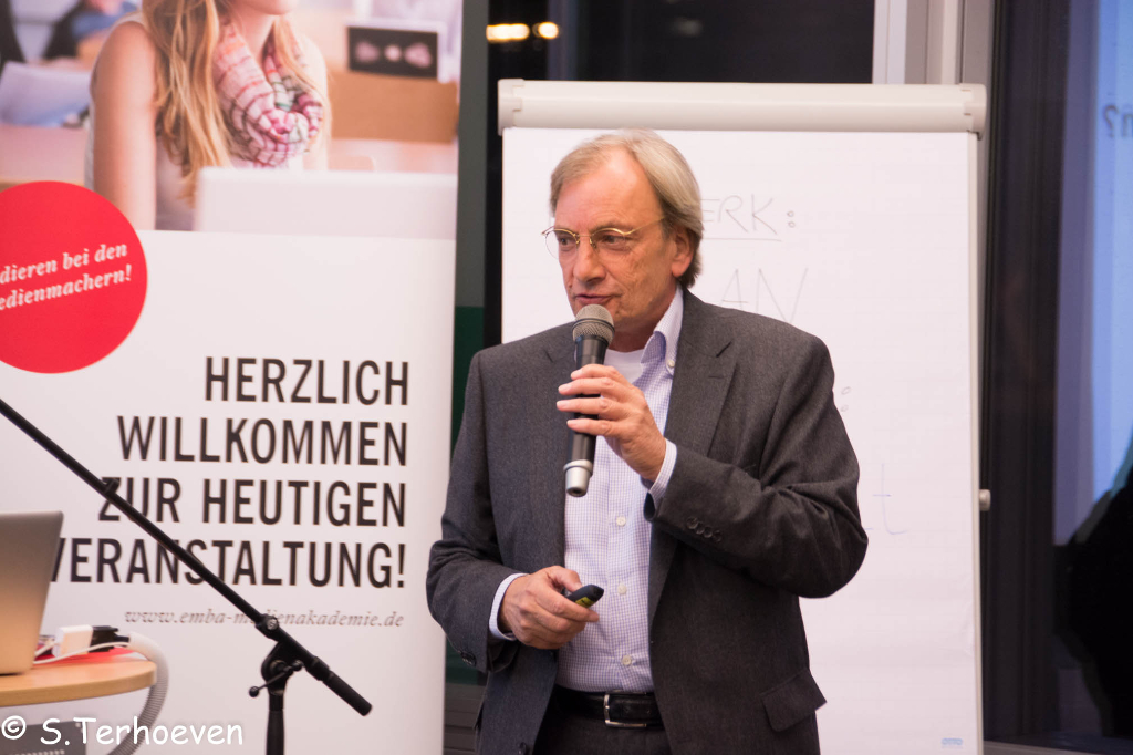 Thomas Dittrich zum Thema Bildung 2.0 auf der Social Media Night bei der EMBA Medienakademie Düsseldorf