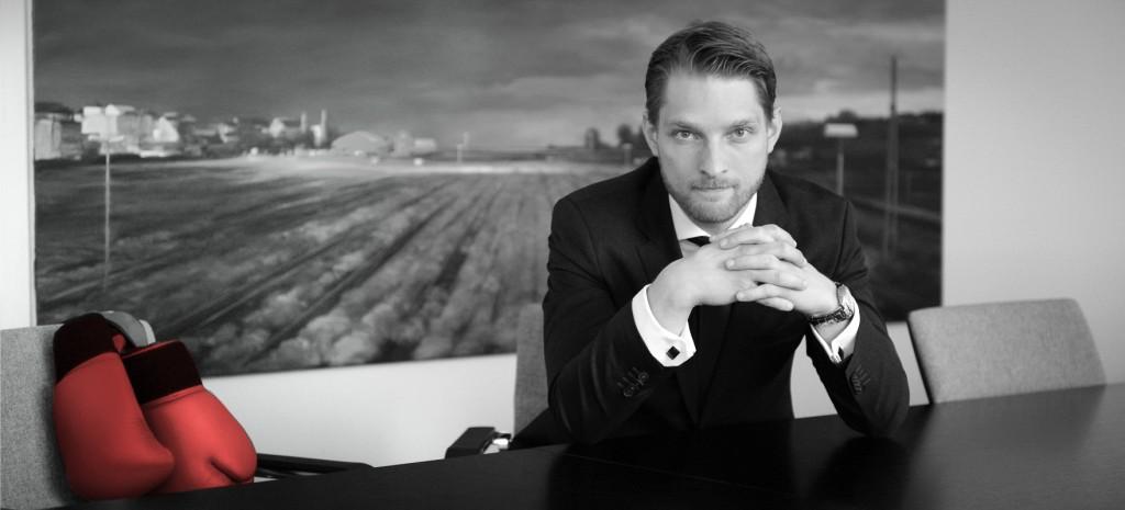Rechtsanwalt Dr. Mathias Schneider gehört zu den Speakern beim SMCDUS-Event zur Rechtssicherheit in Social Media.